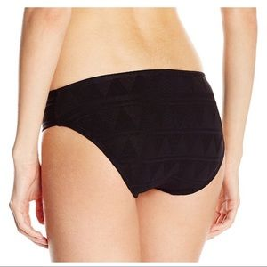 7b931e6e63e Kenneth Cole Swim - NWT Kenneth Cole Black High Neck Halter Bikini Set